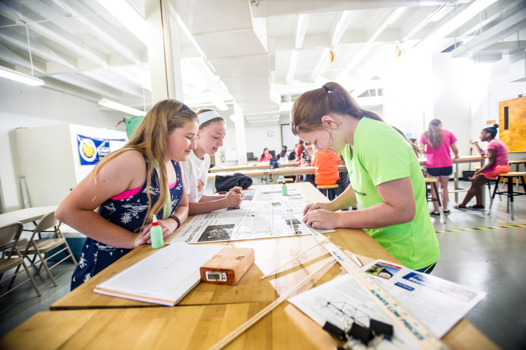 girls-stem-15208-event-CMS_Girls_Engineering_Camp-6655_(18682448435)