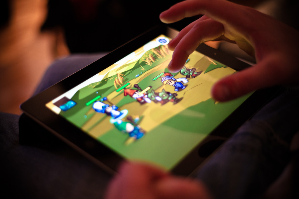 how to delete a game on an ipad